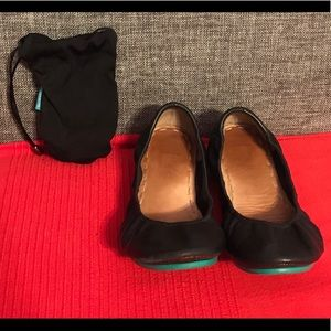 Black Matt leather Tieks flats size 7